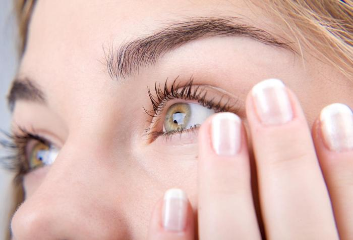 Какие глисты живут в глазах у человека и как от них избавиться?