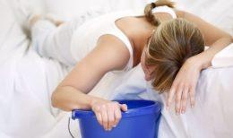Отравление краской: причины и признаки интоксикации, симптомы, первая помощь и лечение